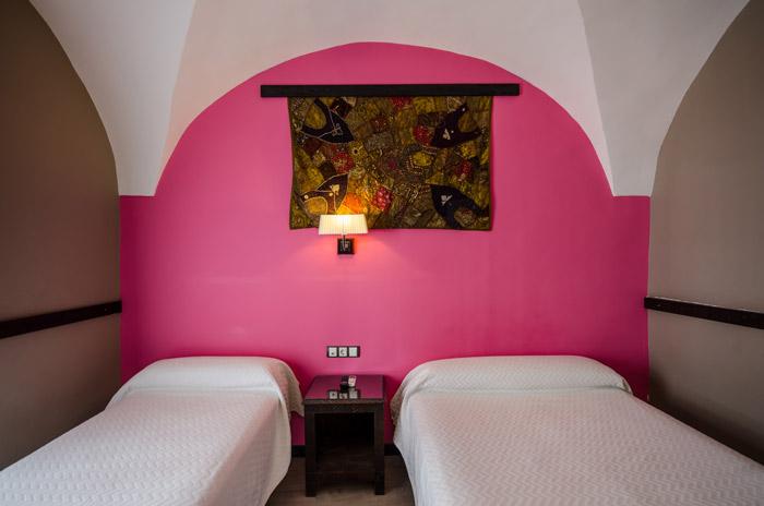 imagen de habitación triple del Hostal La Flor de Al-Ándalus